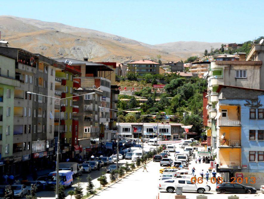 Les Footballeuses d'Hakkâri - Kurdistan •