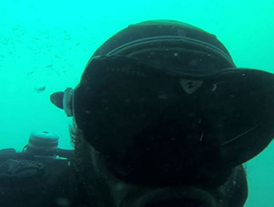 Analyse des eaux à Carnon •